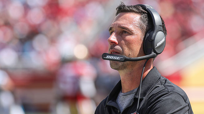 Kyle Shanahan Says He Was Kicked Out of Postgame Hang With His Dad and Bill Belichick
