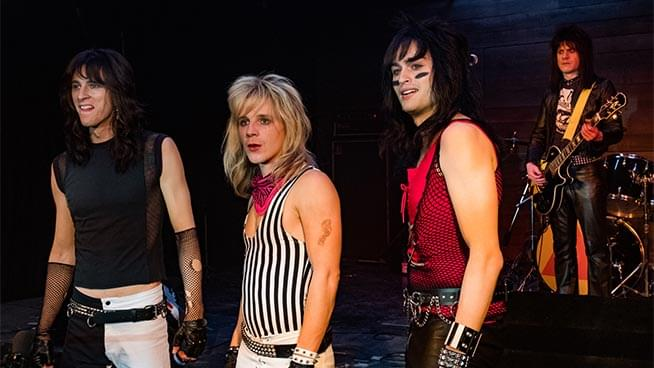 "Tommy Lee Defends Mötley Crüe Biopic ""The Dirt"" Despite Negative Reviews from Critics"