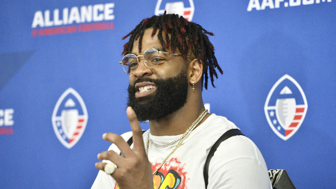 Fighting for a roster spot, Damontre Moore finds inspiration in newborn son