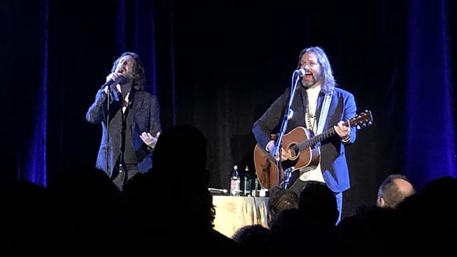 Chris & Rich Robinson Rocked The Chapel In San Francisco
