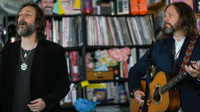 "The Black Crowes stun in three song ""Tiny Desk"" concert set"