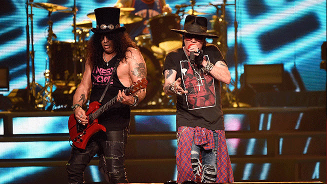 Guns N' Roses postpones North American tour