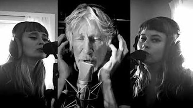 """Roger Waters performs Pink Floyd's """"Two Suns in the Sunset"""" from quarantine"""