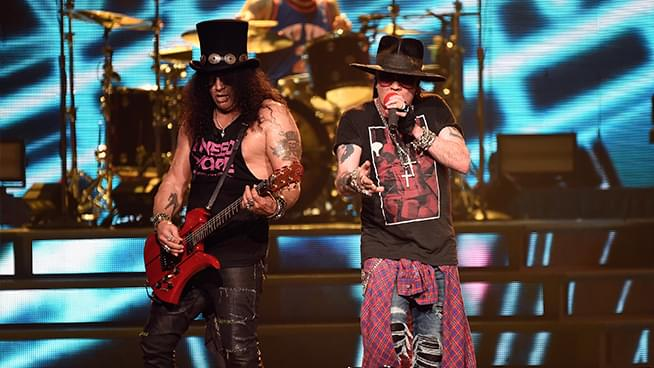 "Guns N' Roses ""Greatest Hits"" to be released on vinyl with bonus track"