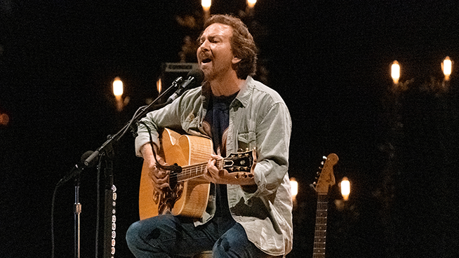 Pearl Jam Finally Releases Charity Track 'Get It Back'