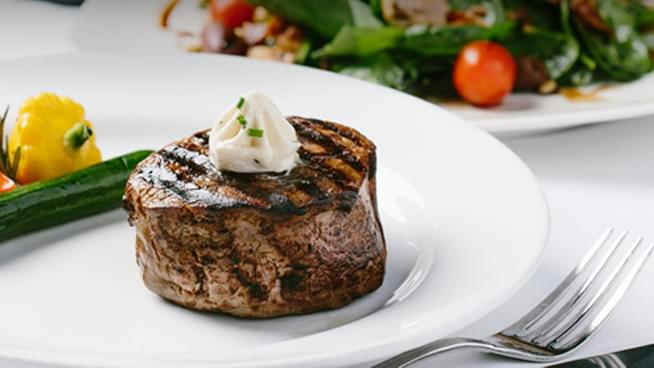 You Could Win A $100 Gift Card To Harris' Steakhouse