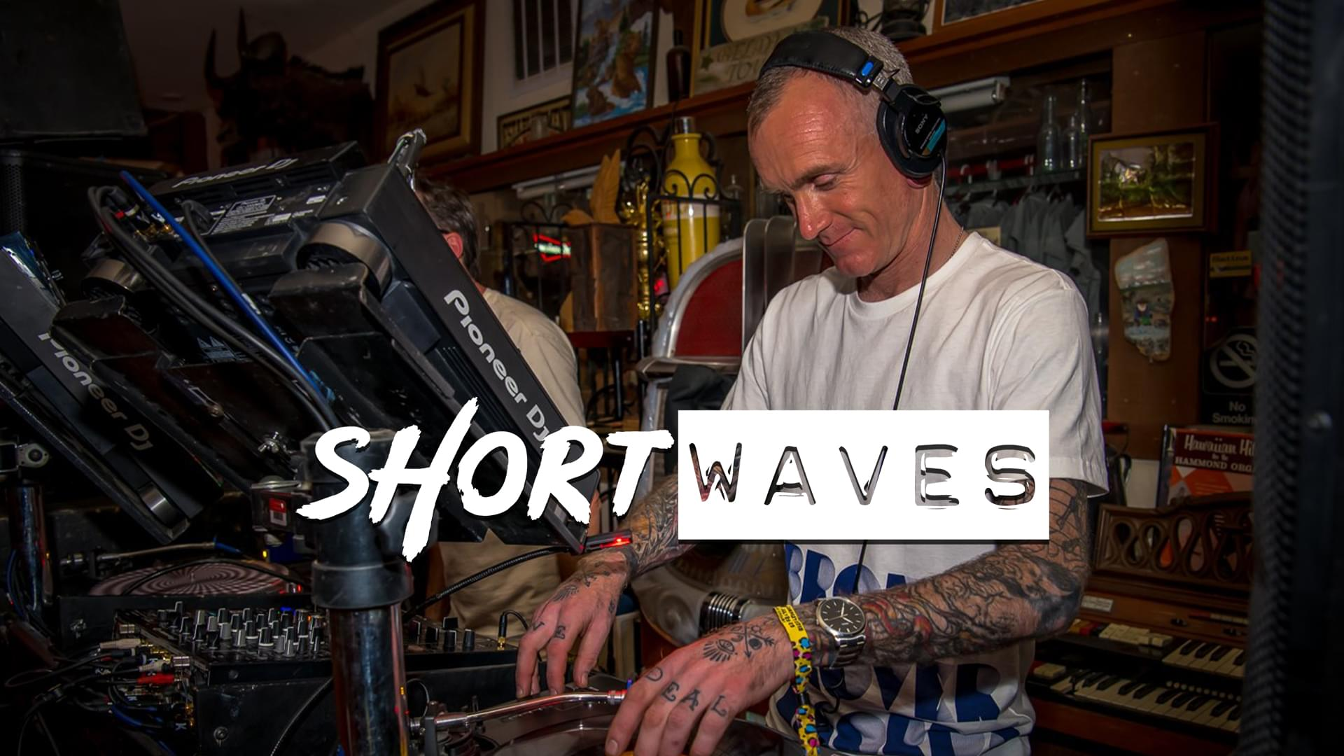 Watch Shortwaves #3 – Mickey Darius and Broken Clover Records