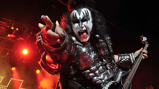Gene Simmons says he's Done with California