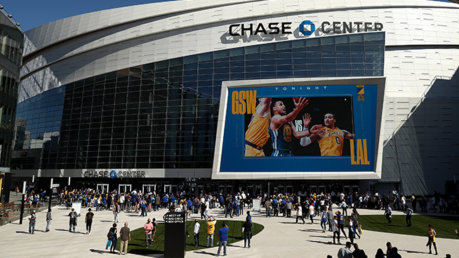 Warriors to Welcome Fans Back to Chase Center Beginning April 23