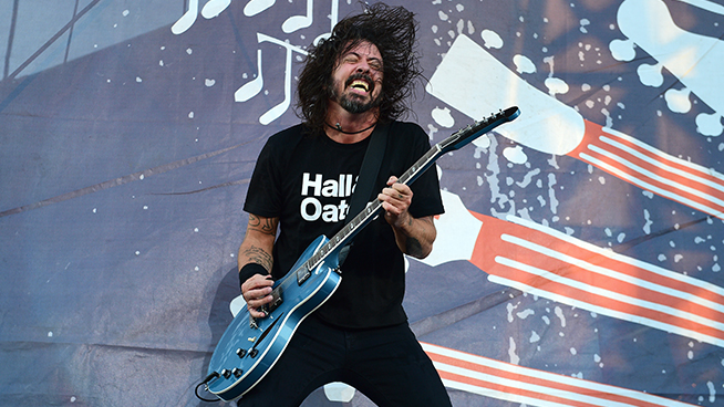 Rock & Roll Hall of Fame Announces 2021 Inductees, Dave Grohl to Be Inducted for Second Time
