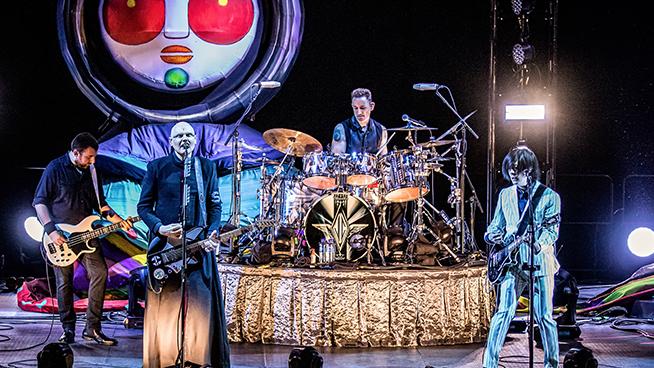 "Smashing Pumpkins Announce ""Gish"" Livestream"