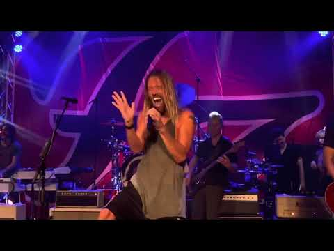 WATCH: Foo Fighters Cover Queen's Somebody to Love