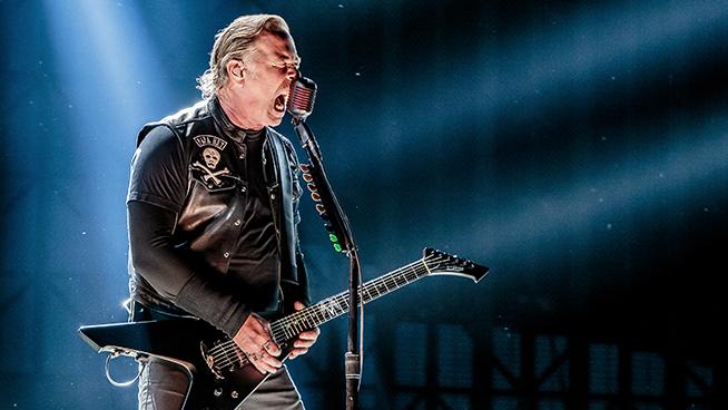 James Hetfield Explains Unusual Way He Holds Guitar Picks