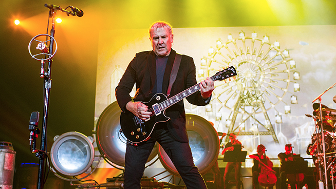 Alex Lifeson Has A New Band, Hopes To Release Album This Year