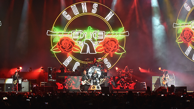Guns N' Roses Makes A Bong Now