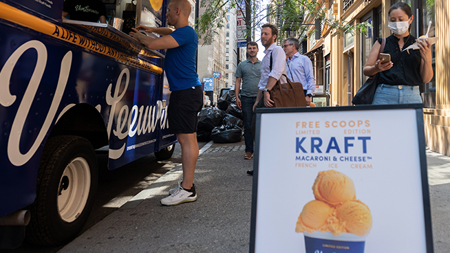 New Macaroni and Cheese-Flavored Ice Cream Sells Out in Less than an Hour