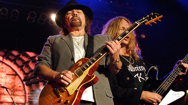 Lynyrd Skynyrd Guitarist Recovering Following Emergency Heart Surgery