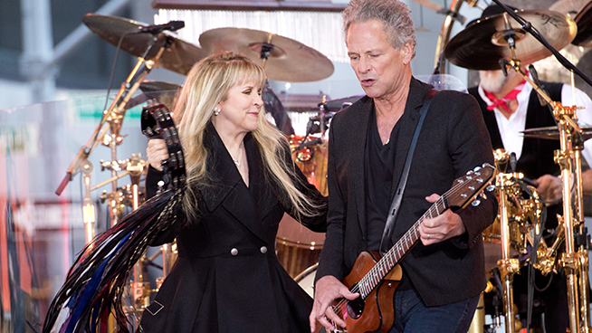 Lindsey Buckingham Suggests Stevie Nicks is Still in Love with Him