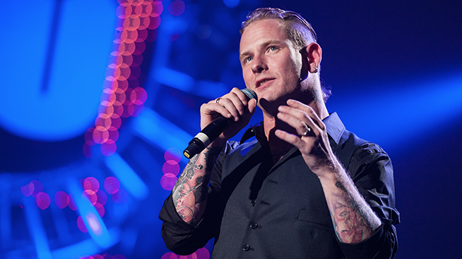 """Corey Taylor Calls 'Nevermind' """"One of the Best Hard-Punk-Fusion-Pop Albums of All Time"""""""