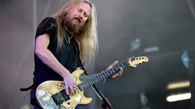 Jerry Cantrell Recalls First Time Hearing Soundgarden