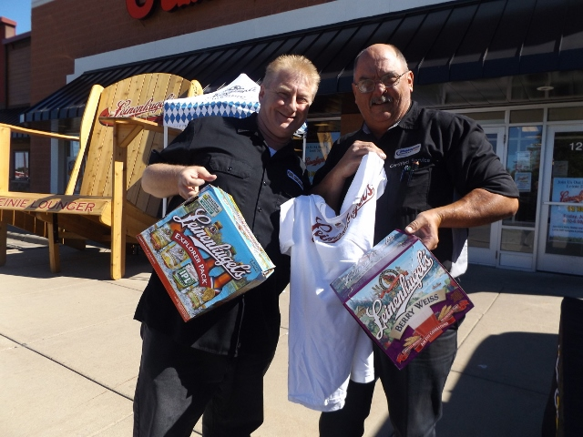 Wally Walker with Leinie's at Cub Liquor in Shakopee