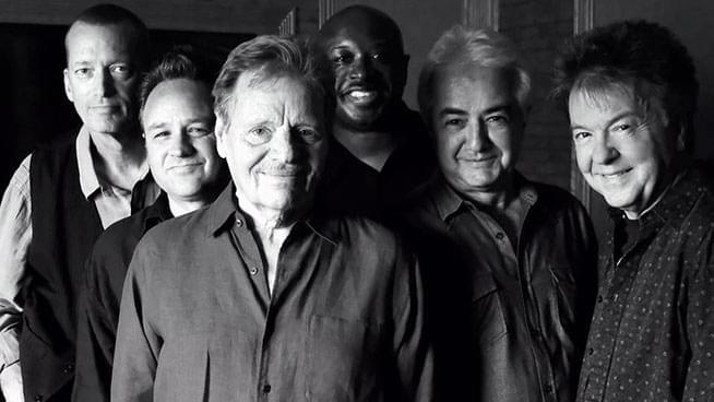 APR 25 • Delbert McClinton with Guest Lamont Cranston