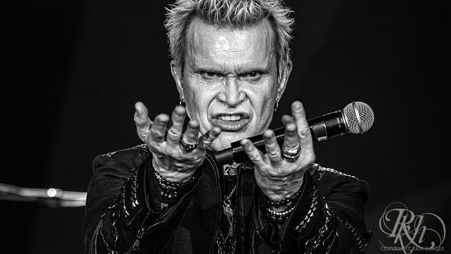 PHOTOS: Billy Idol at Treasure Island (July 6, 2019)