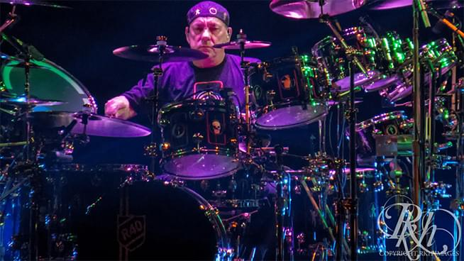 Rockers Pay Tribute to Neil Peart