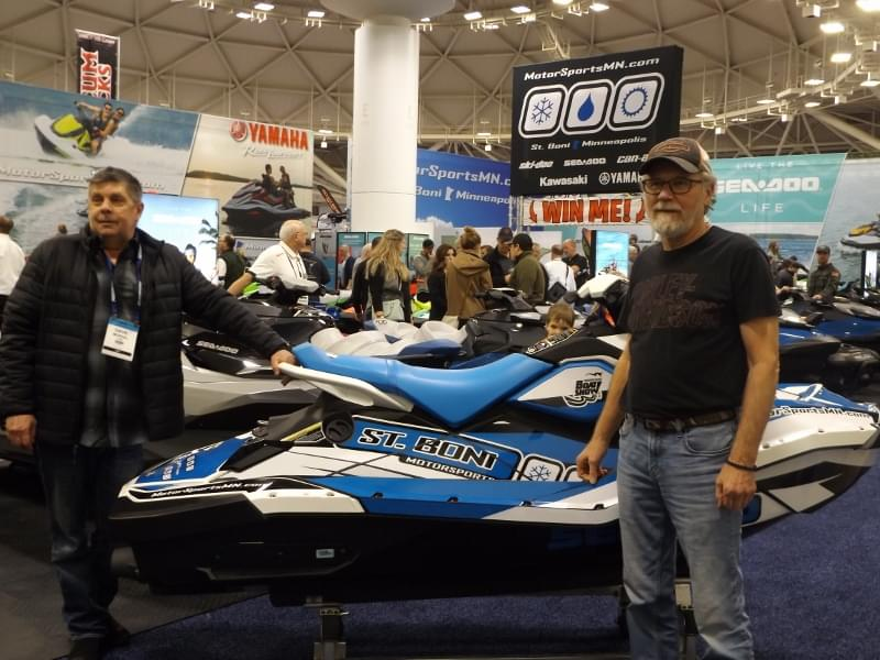 Dave Mordal & The KQ Crew at the 2020 Minneapolis Boat Show!