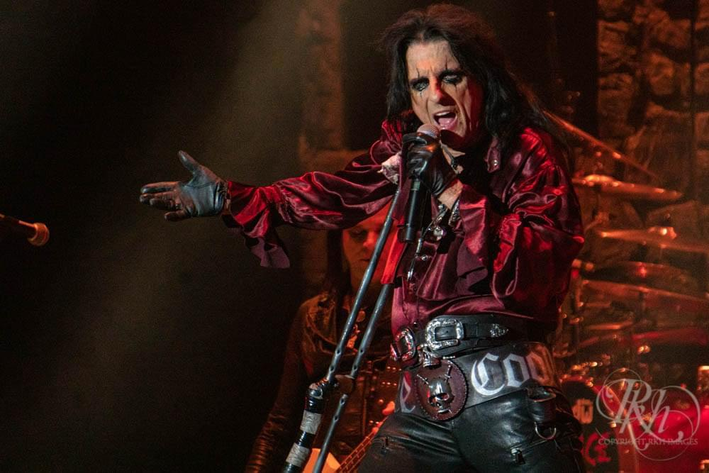 Watch Alice Cooper's New Music Video