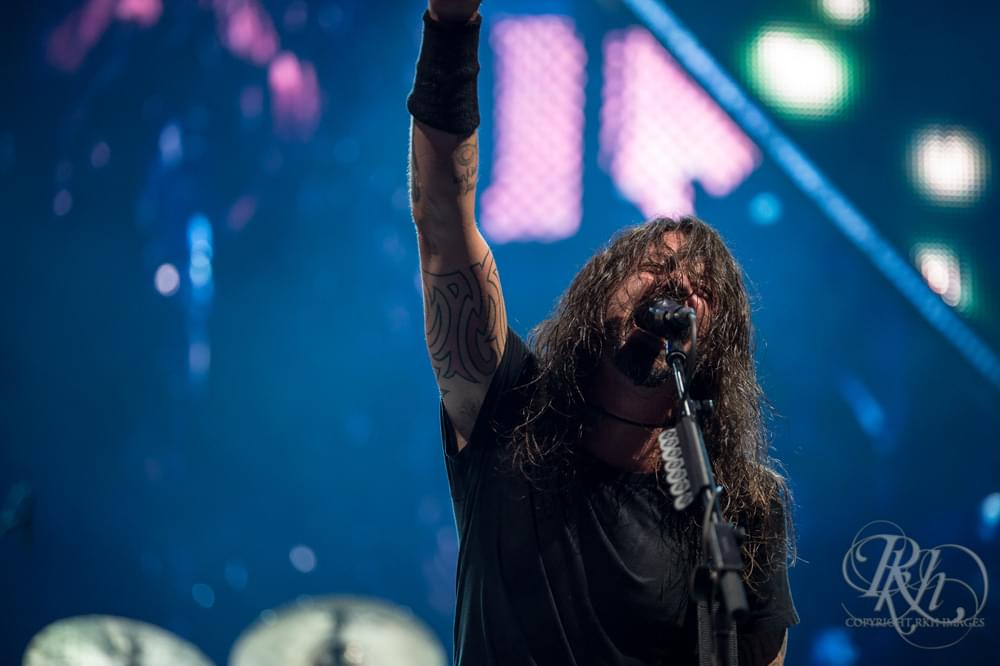 Dave Grohl Reacts To Foo Fighters' Rock Hall Induction