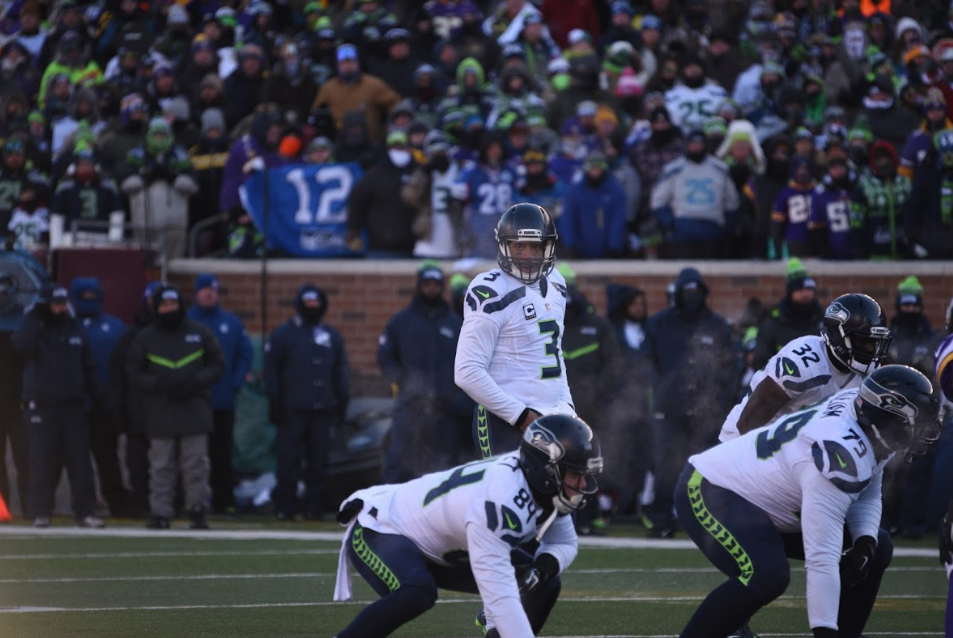 LOOK AHEAD: Russell Wilson is a Devastating Red Zone Passer