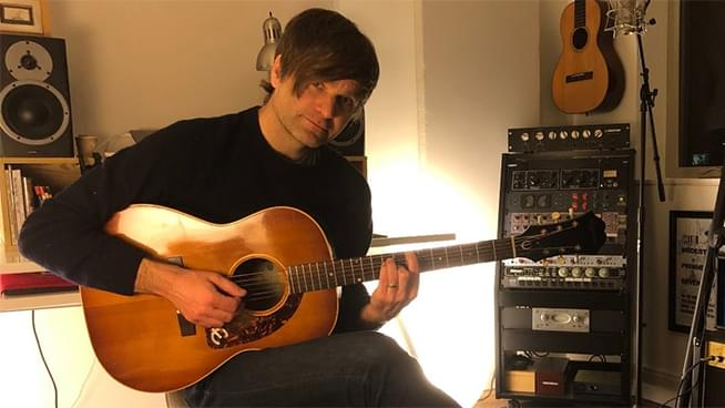 Death Cab For Cutie Singer to Perform Acoustic Concerts Online Daily for Next Few Weeks