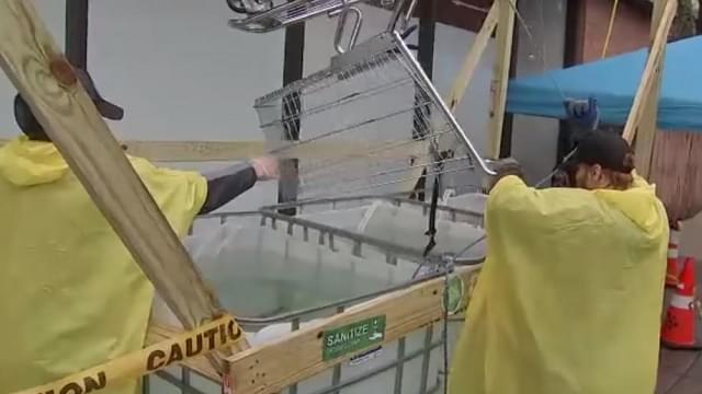 Philadelphia Store Builds Pulley Machine To Sanitize Shopping Carts
