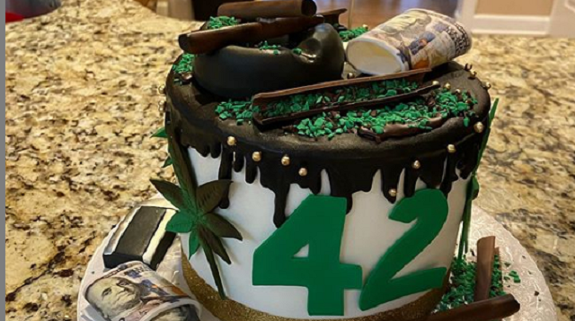 Stephen Jackson Gets Lit Birthday Cake