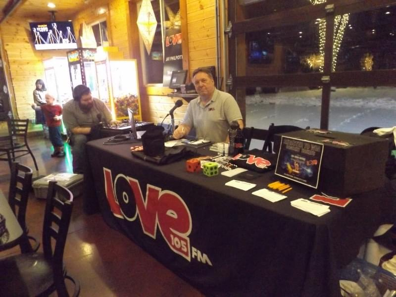 Jay Philpott Live from Sam's Christmas Village and Light Tour! 11-30-19