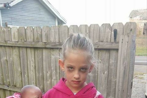 This 7-Year-Old Dressed Up As A Mom For Halloween And It's Too Perfect