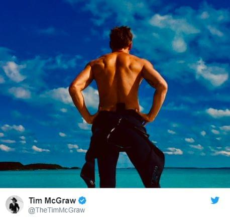 Tim McGraw Spent His Holiday Fishing!
