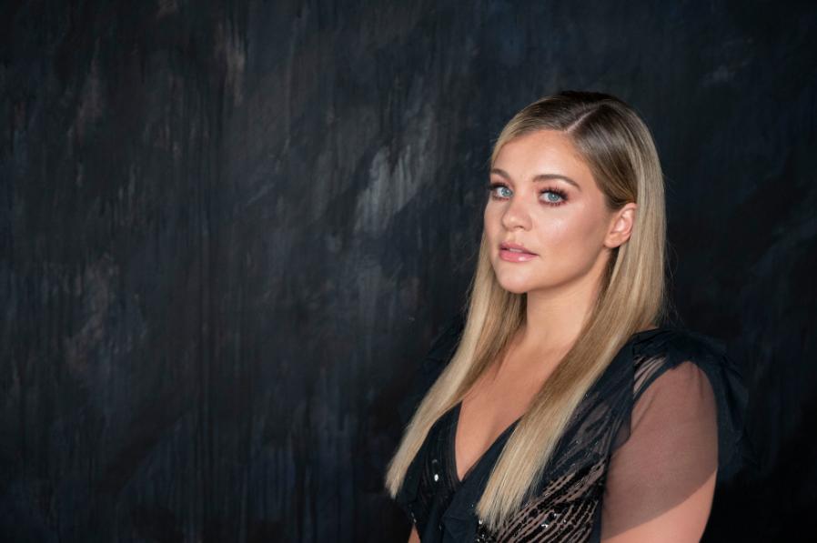 Oct 24 – Lauren Alaina
