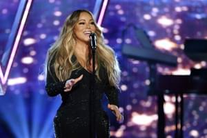 WATCH: Mariah Carey Takes The Trophy For 'The Bottle Cap Challenge'