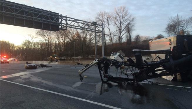 1 Dead in Overturned Tractor-Trailer Accident, Major Delays on Beltway