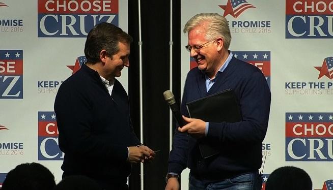 Glenn Beck campaigns for Ted Cruz