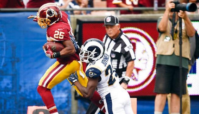 Redskins Rams - AP