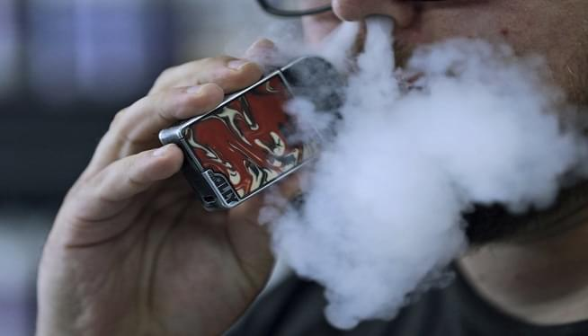 Vaping Illnesses In US Still Rising, Though At Slower Pace