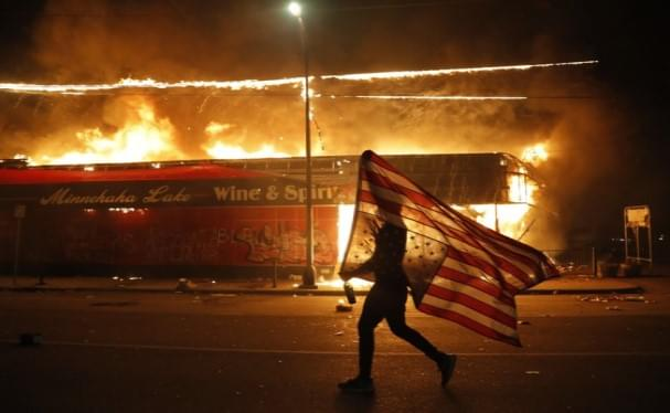 Protesters Torch Minneapolis Police Station In Violent Night