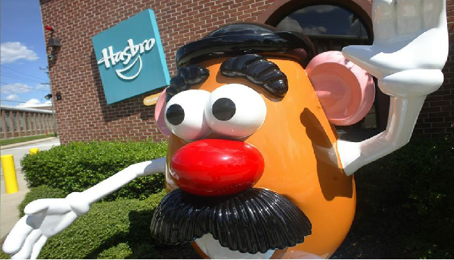 "Hasbro changes Potato Head brand name, toys will still be ""Mr. & Mrs. Potato Head"""