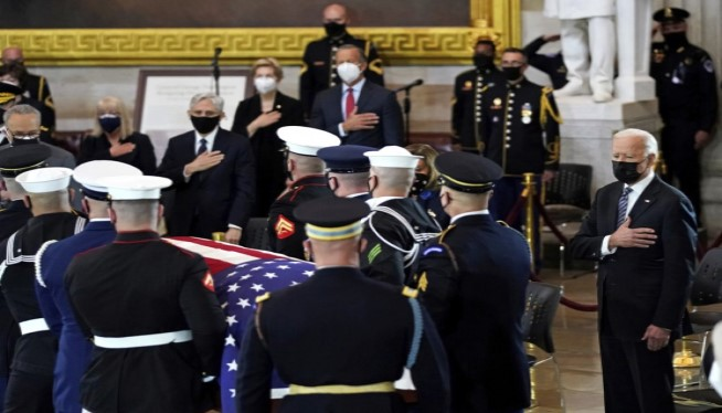 Biden, lawmakers pay tribute to slain Capitol Police officer