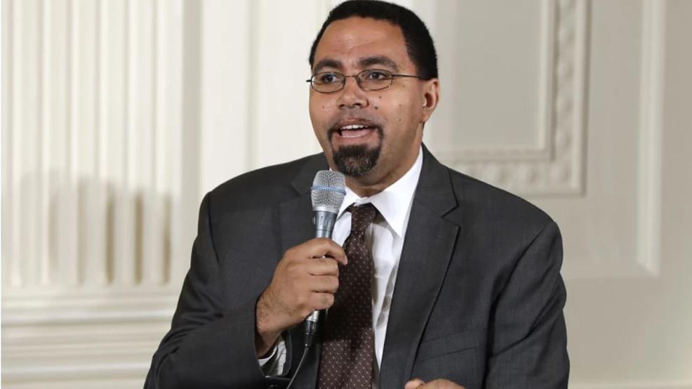 Former U.S. education secretary runs for Maryland governor
