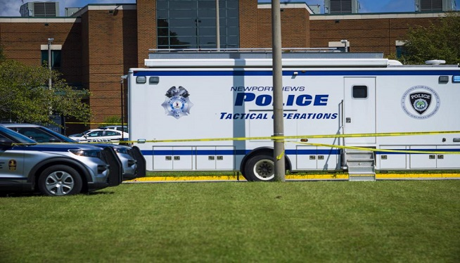 Police: 2 wounded in shooting at Virginia high school