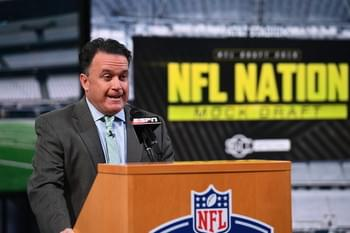 DAC: ESPN Cowboys Insider Todd Archer Reveals Visitor to Cowboys Bus at Combine